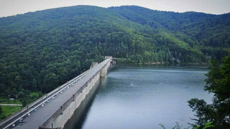 Finalizare lucrări reabilitare. Baraj Valea Uzului